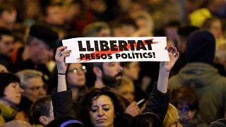 Βαρκελώνη: Διαδηλωτές κατά του βασιλιά Φίλιππου