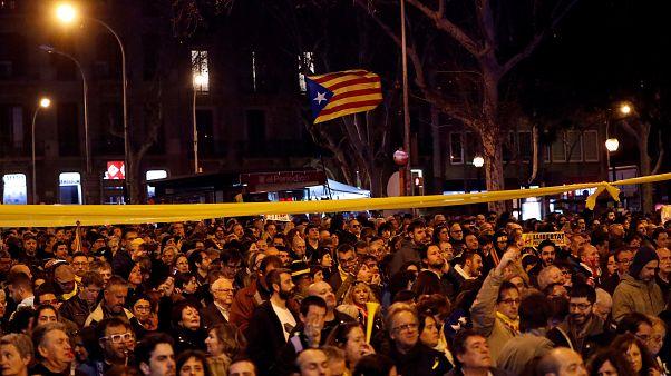 Vários feridos em confrontos na Catalunha por causa de visita do Rei