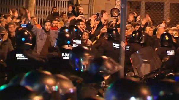 İspanya Kralı Felipe Barselona'da istenmedi