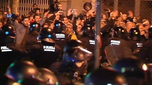 Visit by King Felipe to Barcelona sparks riot