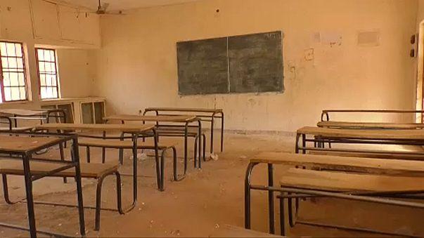 Nigéria: 110 elrabolt diáklányt keresnek