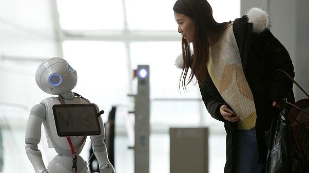 همنشینی با رُبات ها: چرا درد و دل کردن با رُبات ها راحت تر است؟