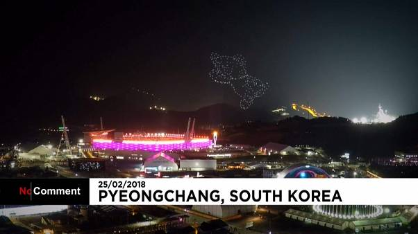 Espectaculares fuegos artificiales despiden los Juegos Olímpicos de Pyeongchang