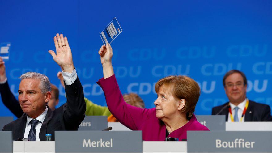Merkel pártja megszavazta a koalíciót