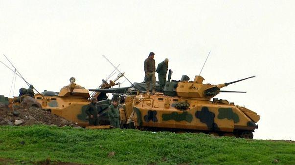 تركيا تسيطر على شريط متصل على مشارف عفرين وترسل قوات خاصة
