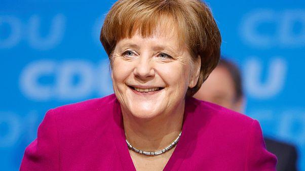 Alle wieder hinter Merkel? 10 Tweets zur CDU