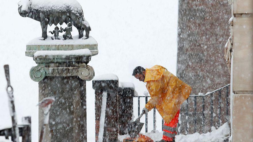 Холод из Сибири сковал Европу