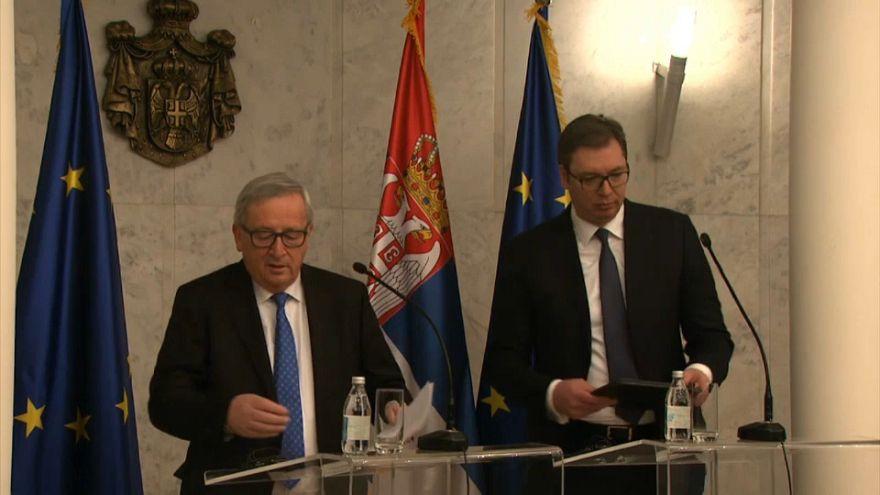 Juncker pide a Belgrado que normalice su relación con Pristina