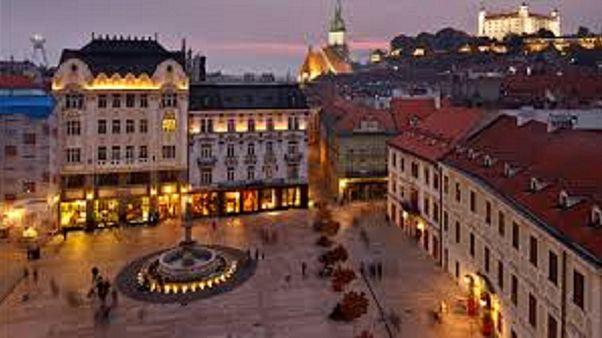 Σλοβακία: Μυστηριώδης δολοφονία δημοσιογράφου και της συντρόφου του
