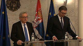 Juncker'den Belgrad'da Kosova uyarısı