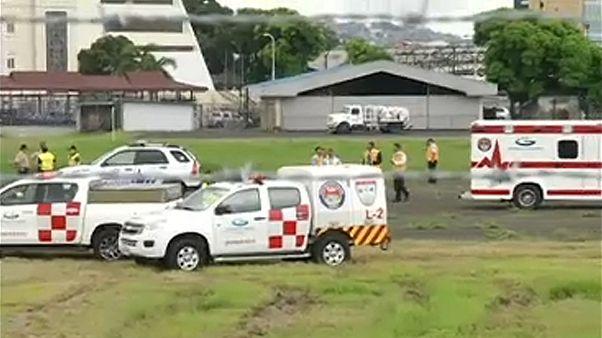 Duas pessoas caem de avião em Guayaquil