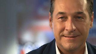 Radiotelevisão austríaca ORF processa vice-chanceler Strache