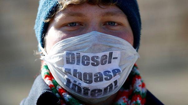 Almanya'da şehir ve belediyeler dizel araçları yasaklayabilecek