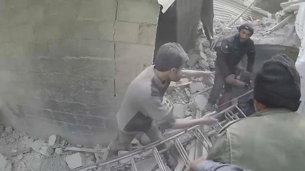 Последствия бомбардировок в Восточной Гуте