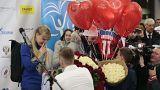 Verspätung und Heiratsanträge: Olympia-Athleten kommen nach Hause