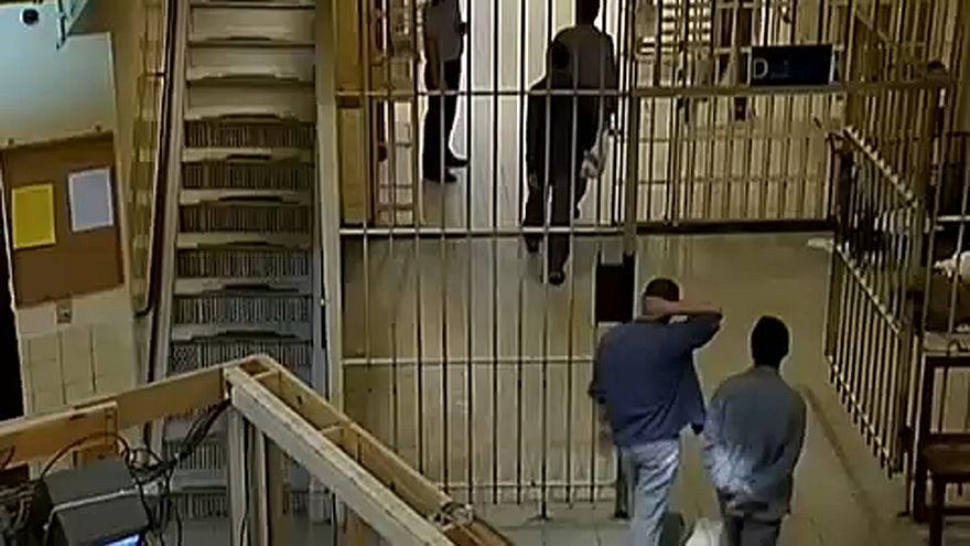 Cómo evitar la radicalización en las cárceles