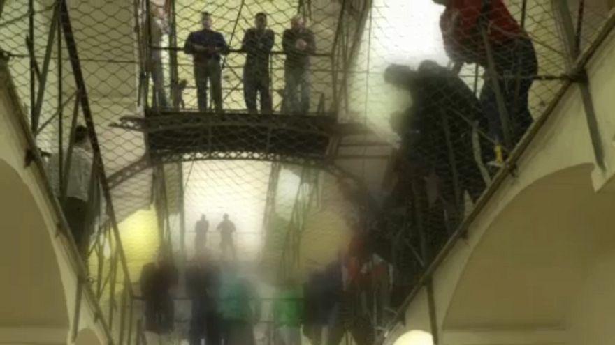 Überfüllte Haftanstalt