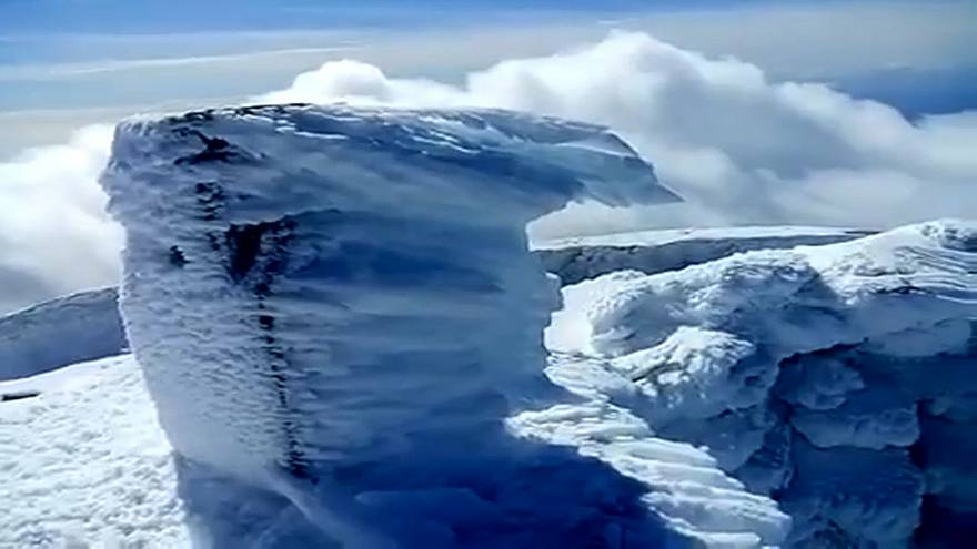 Rare snow in the Azores turns Pico mountain white