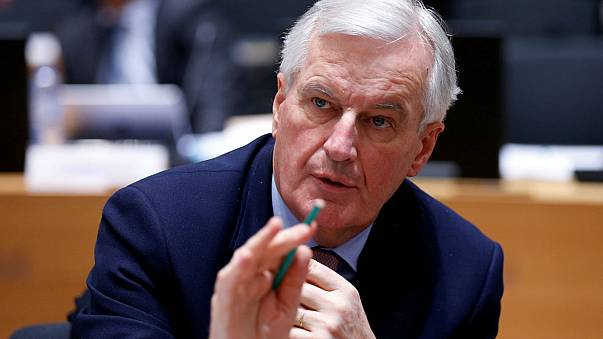 Barnier: 'İngiltere geçiş sürecini uzatmak istiyor'