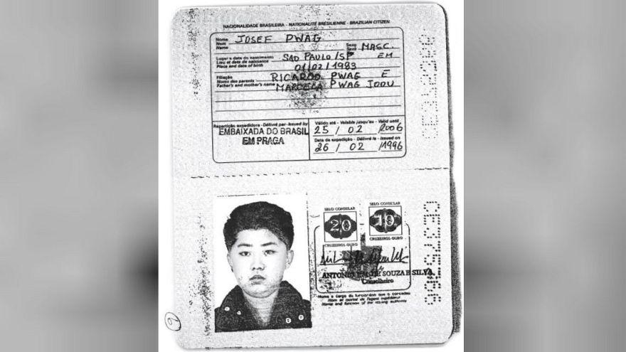 صورة لجواز السفر المزور الخاص بكيم جونغ أون