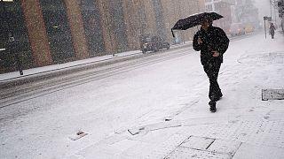Vaga de frio na Europa já matou pelo menos 24 pessoas