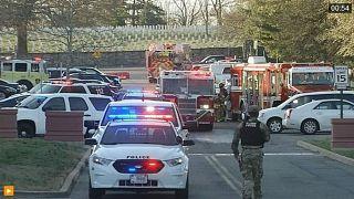 إصابة 11 شخصا بإعياء إثر فتح طرد مشبوه بقاعدة للمارينز بفرجينيا