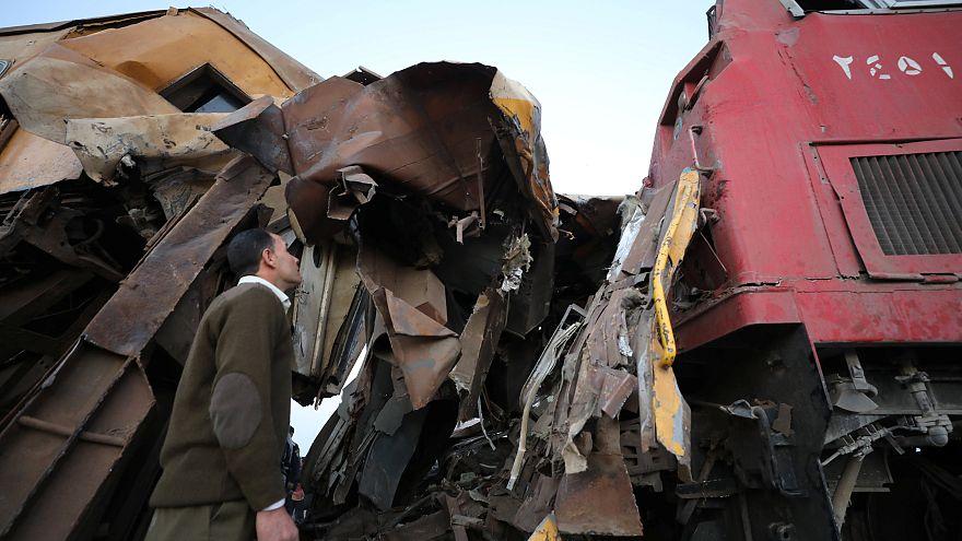 Égypte : au moins 15 morts dans une collision ferroviaire