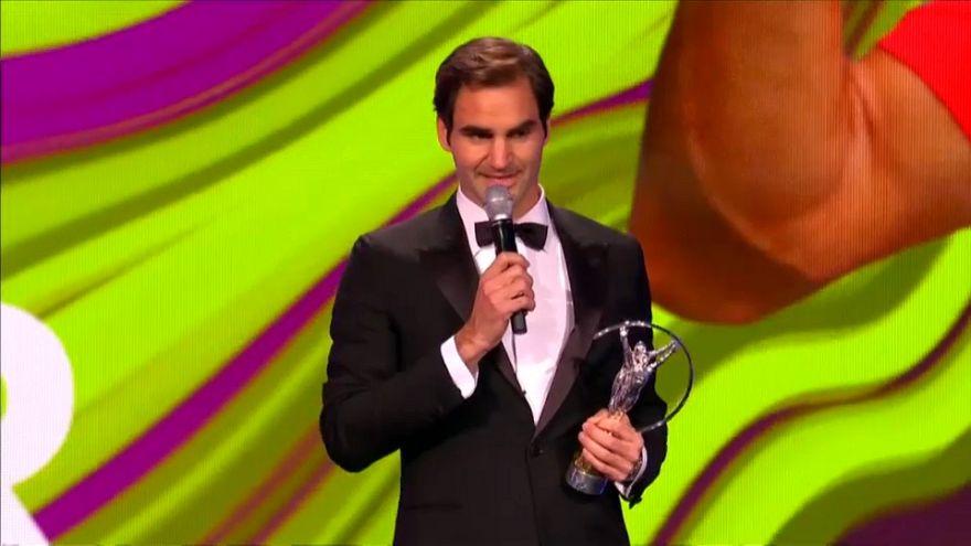 Roger Federer triunfa de nuevo en la alfombra roja