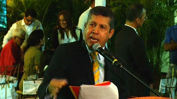 Henri Falcón desafia boicote e avança contra Maduro na Venezuela