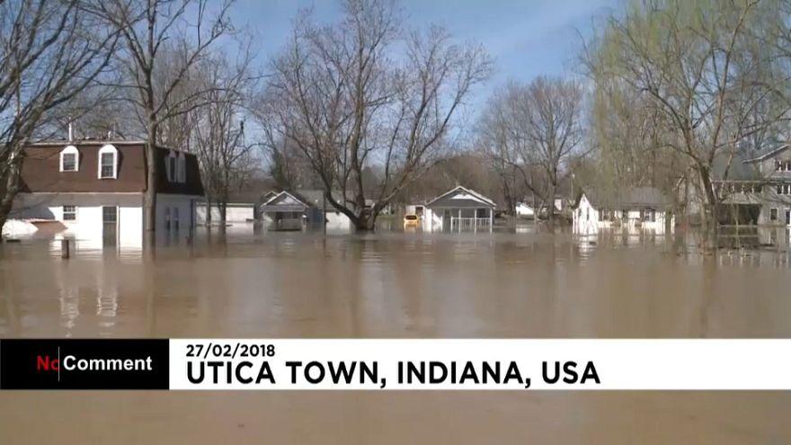 EEUU: La crecida del río Ohio, la peor en dos décadas