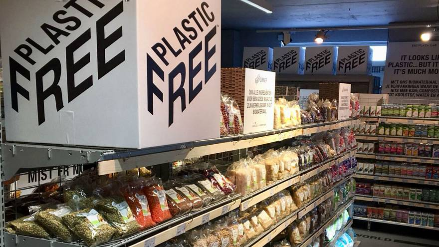 Dutch supermarket launches 'world's first' plastic-free aisle