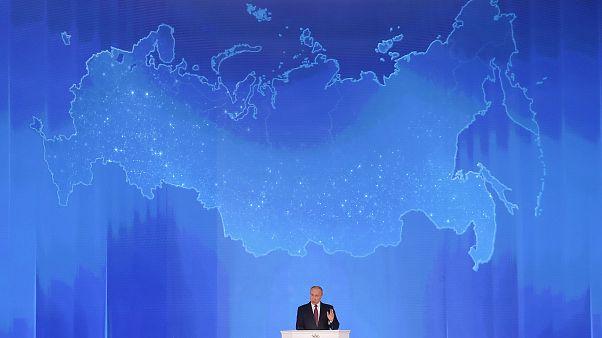 Putin unveils new 'untrackable' super missile
