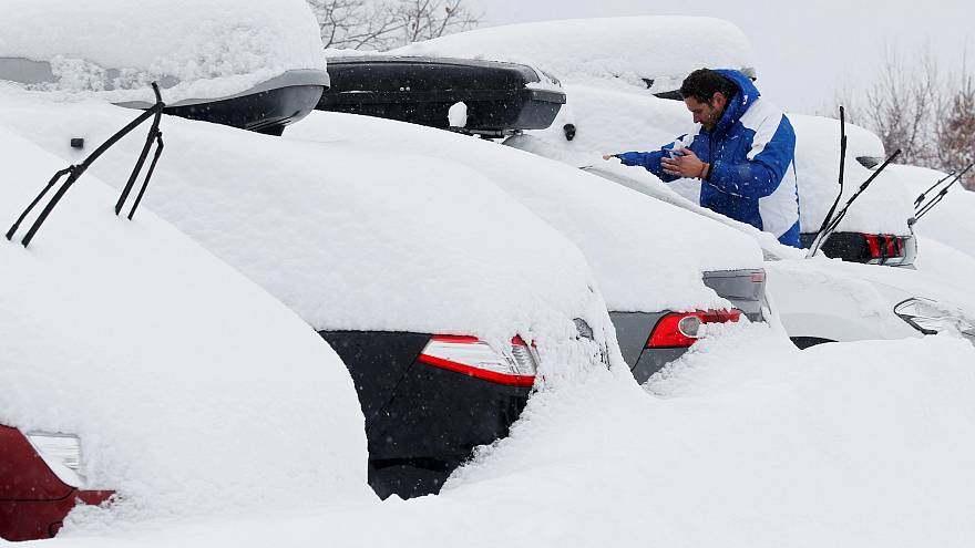 Schnee im Süden: 24 Std. auf der Autobahn blockiert