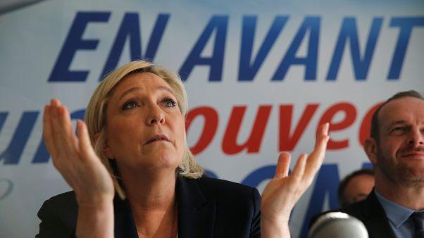 لائحة اتهام ضد مارين لوبان لإعادتها نشر صور لجرائم داعش على تويتر