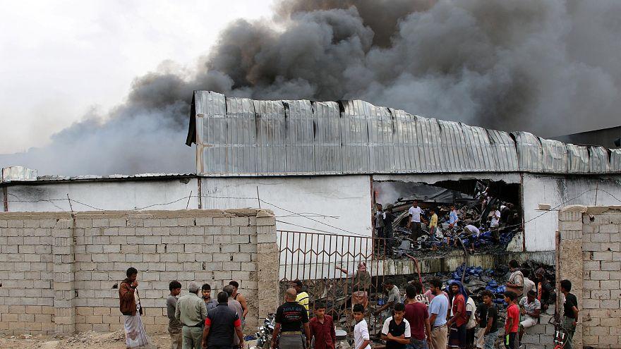 انتقادات ساخرة للبرنامج الإنساني السعودي الموجه إلى اليمن