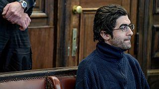 مهاجم حمله با چاقو در هامبورگ به جرم قتل عمد و هراسافکنی به حبس ابد محکوم شد