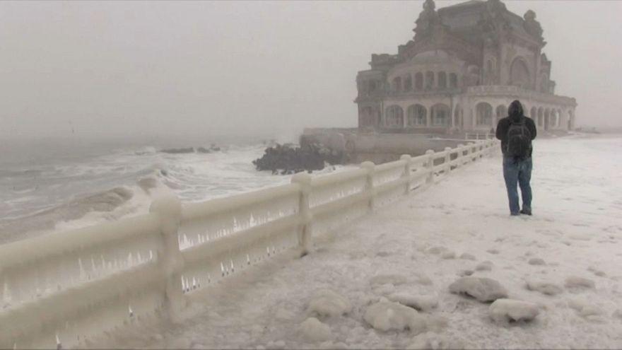 Eisige Märchenlandschaft am Schwarzen Meer