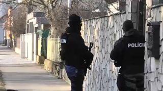 Több embert őrizetbe vettek a meggyilkolt szlovák újságíró ügyében