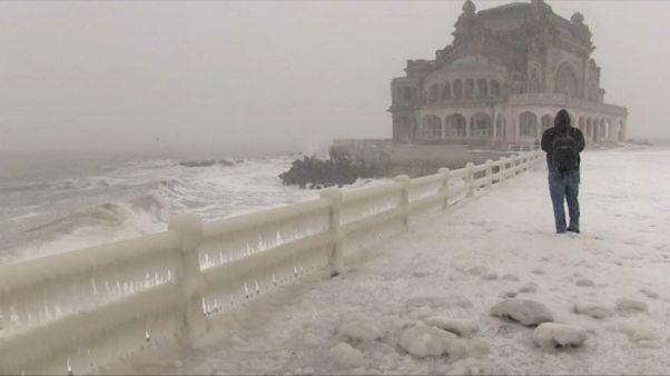 Asomarse al frío del Mar Negro