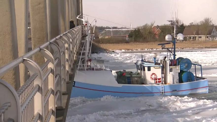 Danimarca: peschereccio contro un ponte a causa di Burian