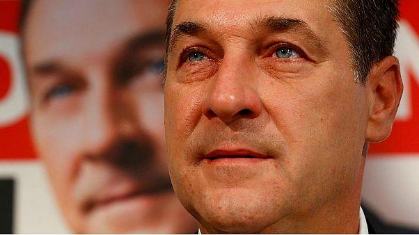 حكم غريب بشأن شتم وسب السياسيين في النمسا