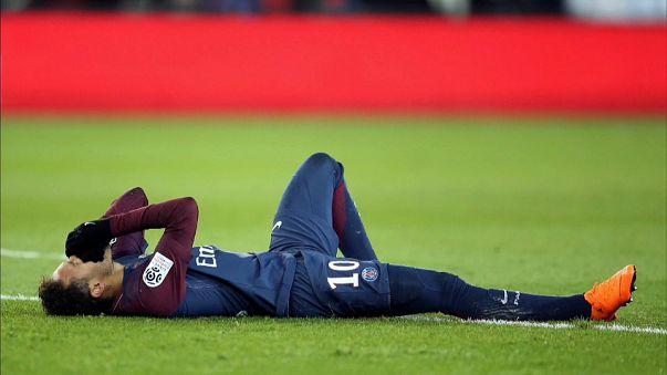 Brazilian player Neymar receives foot injury