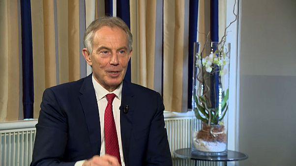 """Tony Blair sulla Brexit: """"gli inglesi devono dire l'ultima"""""""