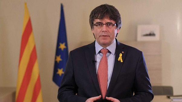 Puigdemont renuncia a lutar pela presidência da Catalunha