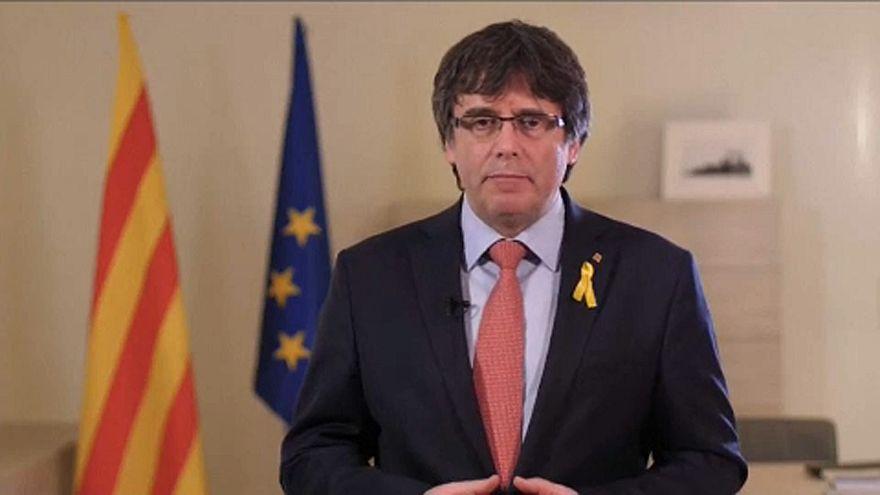 Visszalépett Puigdemont