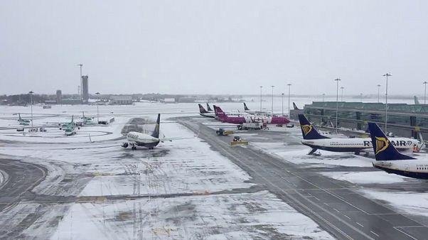 L'aéroport de Dublin dans la tempête