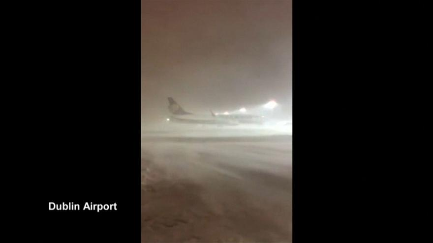 Dublin airport closed by snow