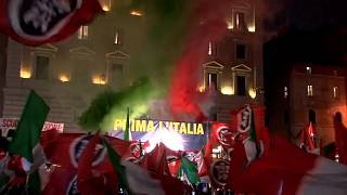 Rechtspartei CasaPound vor dem Pantheon in Rom