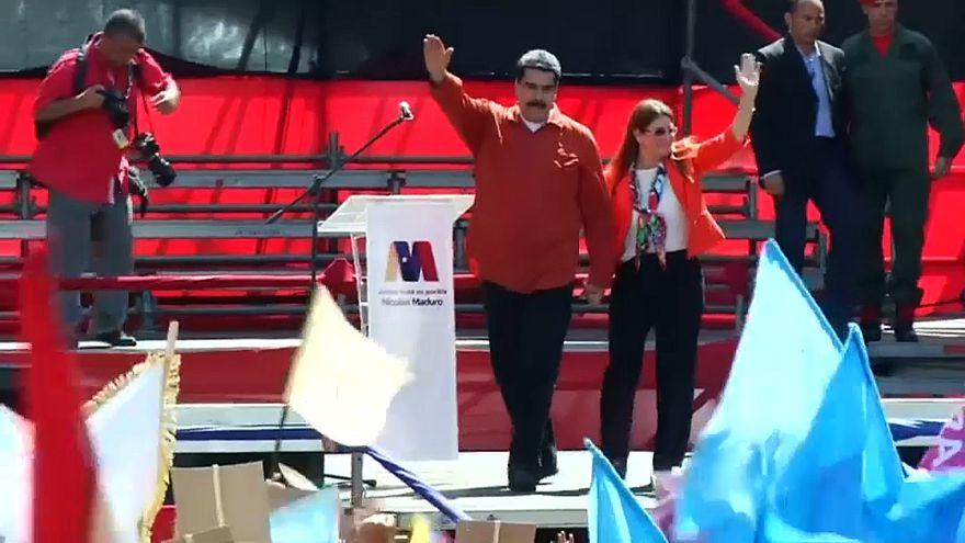 Venezuela başkanlık seçimlerini erteledi