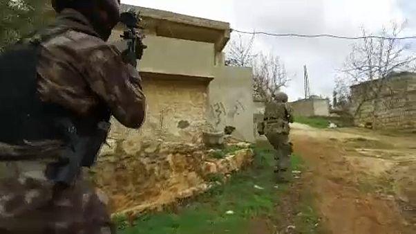 Civilek kerültek kereszttűzbe Afrínnál